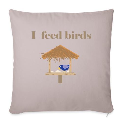 I feed birds - Sohvatyynyn päällinen 45 x 45 cm