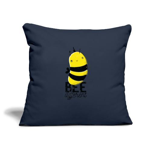 Bee different Biene mit Stachel - Sofakissenbezug 44 x 44 cm