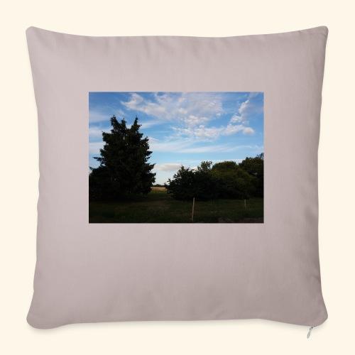 Feld mit schönem Sommerhimmel - Sofakissenbezug 44 x 44 cm