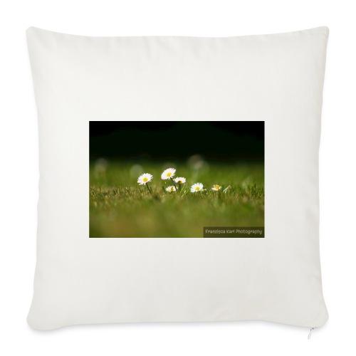Daisies - Sofa pillowcase 17,3'' x 17,3'' (45 x 45 cm)
