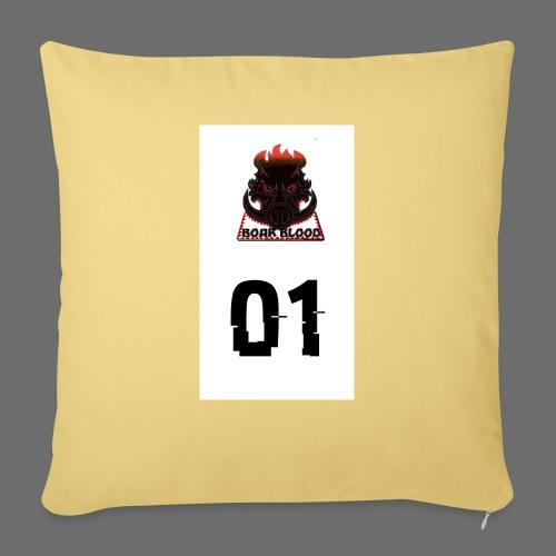 Boar blood 01 - Poszewka na poduszkę 45 x 45 cm