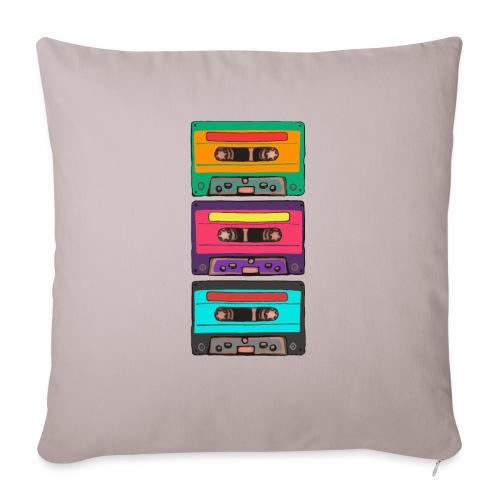 Colorful Cassettes row - Soffkuddsöverdrag, 45 x 45 cm