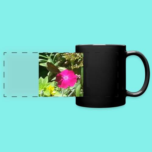 Schmetterling auf Blume - Panoramatasse farbig