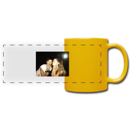 Grande et Fenty 960x720, 2 Chanteuses Américaines. - Mug panoramique uni