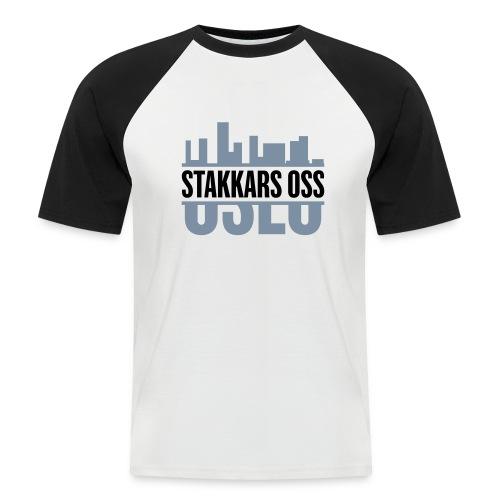 stakkars oss logo 2 ny - Kortermet baseball skjorte for menn