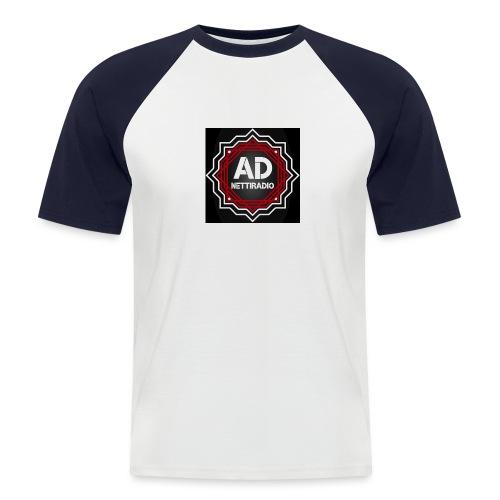 AD-Nettiradio - Miesten lyhythihainen baseballpaita