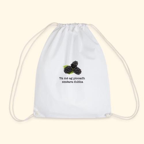 Picking blackberries - Drawstring Bag
