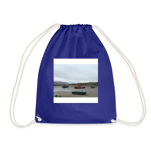 boats on barmouth beach - Drawstring Bag