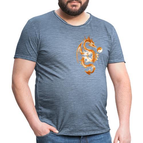 Der Drache spielt mit der Energie des Lebens. - Männer Vintage T-Shirt