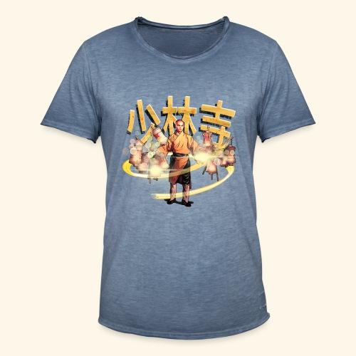 Gordon Liu som San Te - Warrior Monk - Herre vintage T-shirt