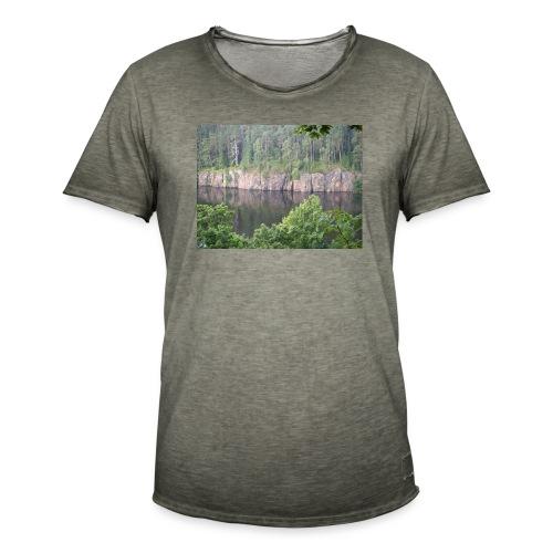 Laatokan maisemissa - Miesten vintage t-paita