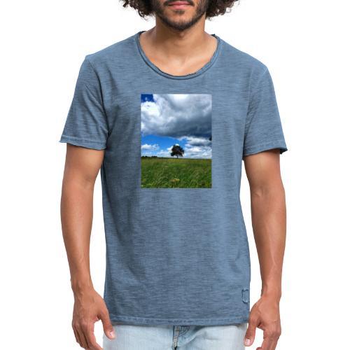 Der einsame Baum - Männer Vintage T-Shirt