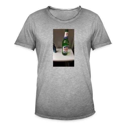 F2443890 B7B5 4B46 99A9 EE7BA0CA999A - Men's Vintage T-Shirt