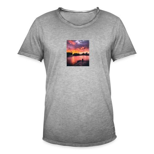 72C69AD7 1275 46C5 840A AFB0B32B4BEE - Men's Vintage T-Shirt