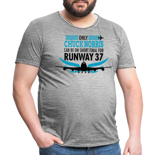 Tylko Chuck Norris ląduje na pasie startowym 37 - Koszulka męska vintage
