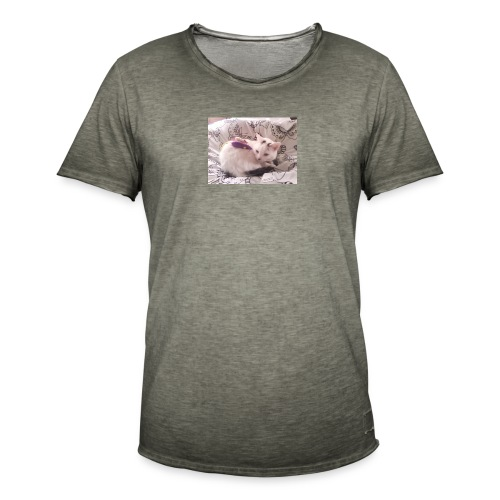CAT SURROUNDED BY MICE AND BUTTERFLIES. - Men's Vintage T-Shirt