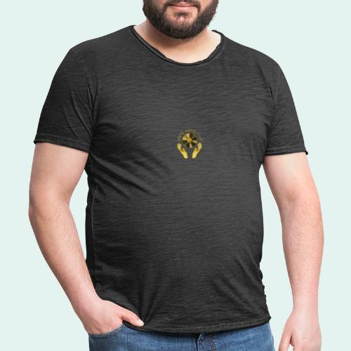 100% HAND-CUT - Men's Vintage T-Shirt