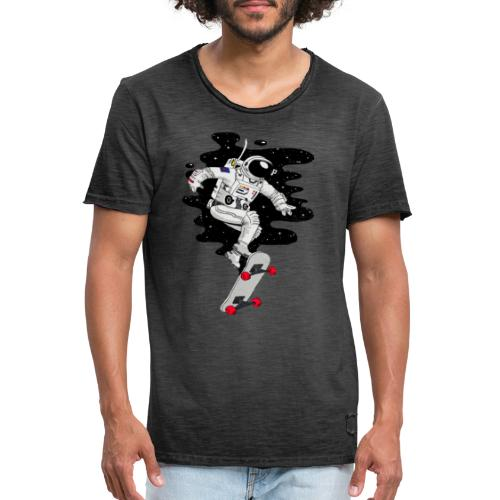 skate on the moon - Camiseta vintage hombre