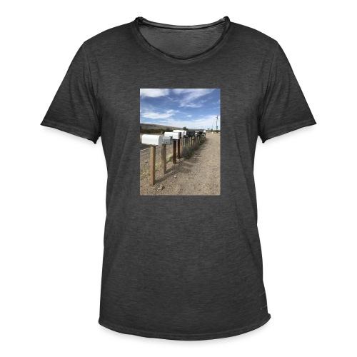 post box - Men's Vintage T-Shirt