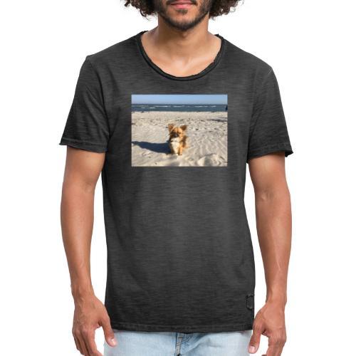 Tina am Strand - Männer Vintage T-Shirt