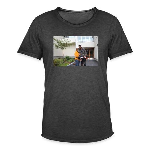 ishaa aziiz - Vintage-T-shirt herr