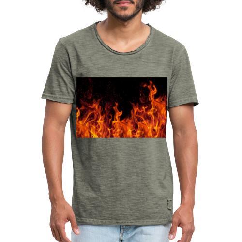 Feuer c OlgaMiltsova iStock GettyImages scaled - Männer Vintage T-Shirt