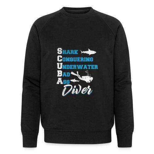 Shark Conquering Underwater Scuba Diver - Männer Bio-Sweatshirt von Stanley & Stella