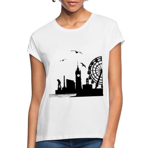 Silhouette of Margate - Women's Oversize T-Shirt