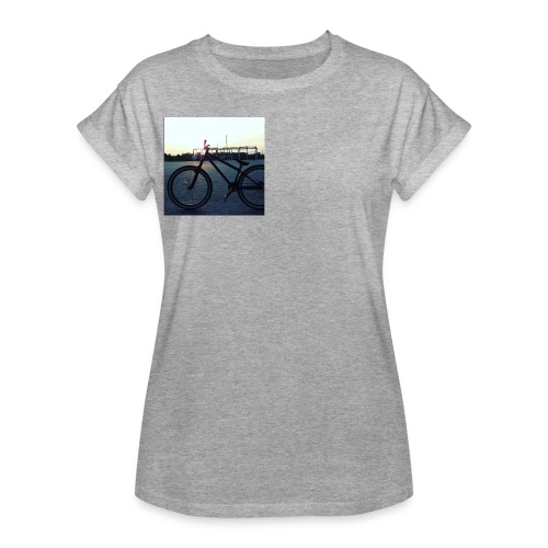 Motyw 2 - Koszulka damska oversize