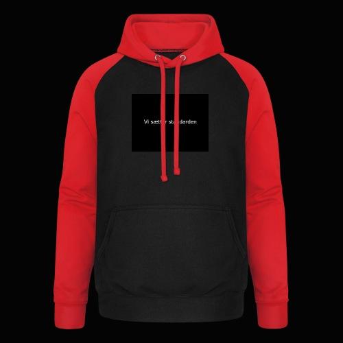 Vi Sætter Standarden - Unisex baseball hoodie