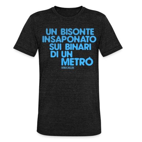Un bisonte insaponato sui binari di un metrò. - Maglietta unisex tri-blend di Bella + Canvas
