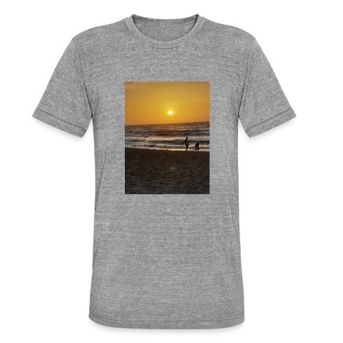 Strive for power - beach - Unisex tri-blend T-shirt van Bella + Canvas