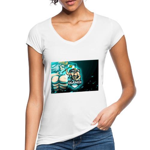 8251831F EA3A 4726 A475 A5510CDECB5A - Vintage-T-shirt dam