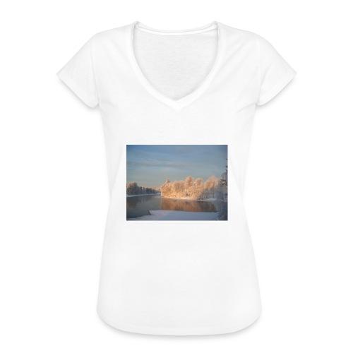 Suomen talvi - Naisten vintage t-paita