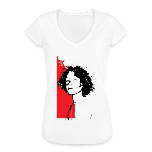 L'enfant rouge représente la terre rouge d'Afrique - T-shirt vintage Femme