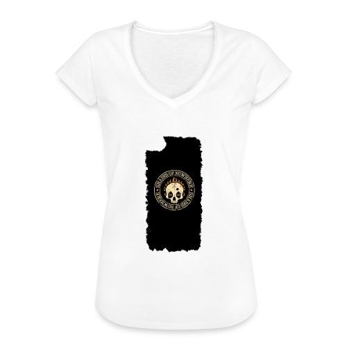 iphonekuoret2 - Naisten vintage t-paita