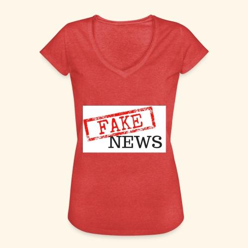 fake news - Women's Vintage T-Shirt