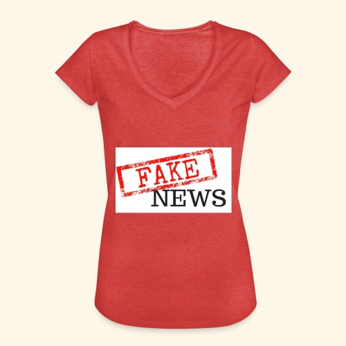 fake news - Women's Vintage T-Shirt