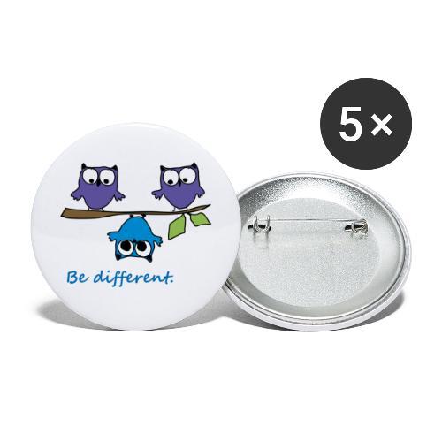 Vogel auf Ast - Be different - Buttons groß 56 mm (5er Pack)