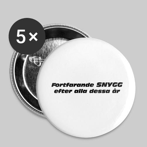 Fortfarande Snygg - Stora knappar 56 mm (5-pack)