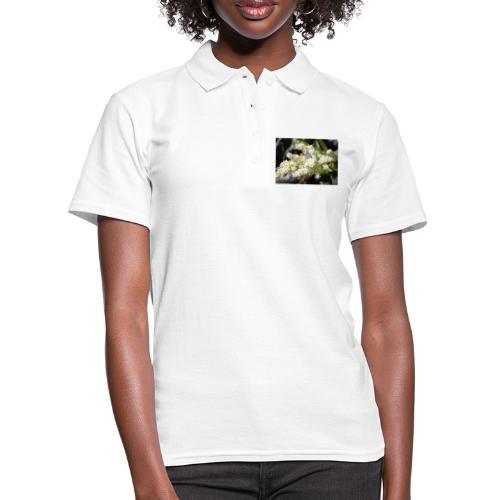 Perhonen raparperin kukalla - Naisten pikeepaita