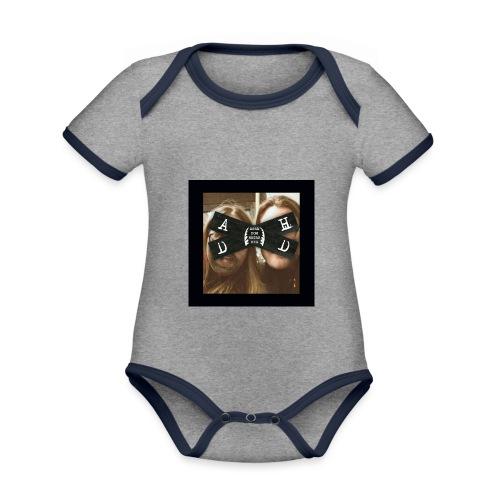 Asså Dom Hatar Dig - Ekologisk kontrastfärgad kortärmad babybody