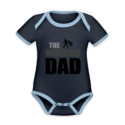 the walking dad auf dem Weg in die lustige Bar - Baby Bio-Kurzarm-Kontrastbody