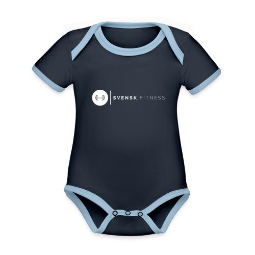 Linne med vit vertikal logo - Ekologisk kontrastfärgad kortärmad babybody