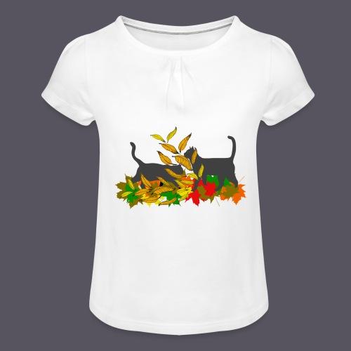 spielende Katzen in bunten Blättern - Mädchen-T-Shirt mit Raffungen
