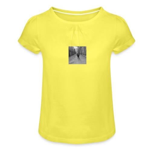 Tami Taskinen - Tyttöjen t-paita, jossa rypytyksiä