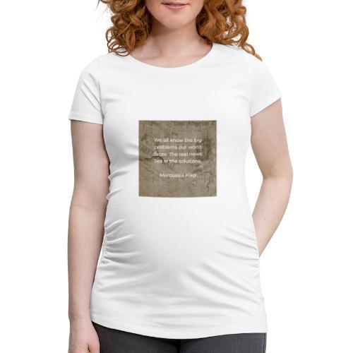The real news - Frauen Schwangerschafts-T-Shirt