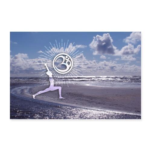 Yogi Held am Strand mit OM Symbol & Sonnenstrahlen - Poster 90x60 cm