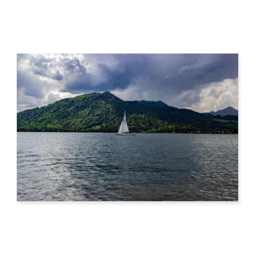 Segelboot auf dem Tegernsee - Poster 90x60 cm