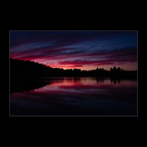Verenpunainen auringonlasku - Juliste 90x60 cm
